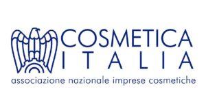 Cosmetica Italia propone diversi corsi di formazione direttamente e in collaborazione con enti est