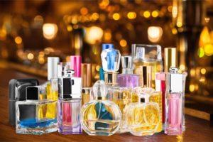 Profumi e prodotti per il corpo sono i più venduti online.
