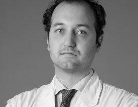 Il Dott. Paolo Salentina, medico estetico e docente presso l'Università di Pavia
