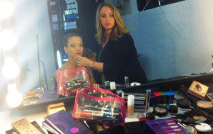Roberta nasce come truccatrice e formatrice nel mondo del make up.